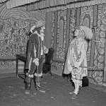 Le théâtre à l'École St-Viateur. SHA - Fonds Studio Morasse / H. Dudemaine