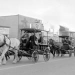 Parade sur la 1re Avenue pour le 50e anniversaire de l'Abitibi en 1964. SHA - Fonds Studio Morasse / H. Dudemaine