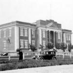 Le palais de justice à Amos en 1926. SHA - Coll. SHA