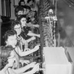 Opératrices de téléphone, vers 1950. SHA - Fonds Gaston Rouleau