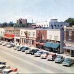 La 1re Avenue Ouest au milieu des années 1950. SHA – Coll. Société d'histoire d'Amos