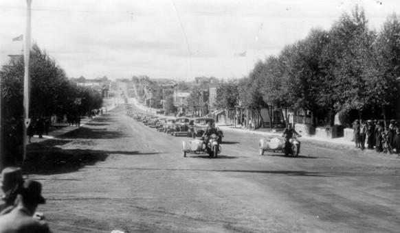 L'arrivée de Mgr Desmarais à Amos en 1939.  SHA – Fonds Martin Trudel